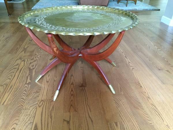 mid-century-spider-brass-table